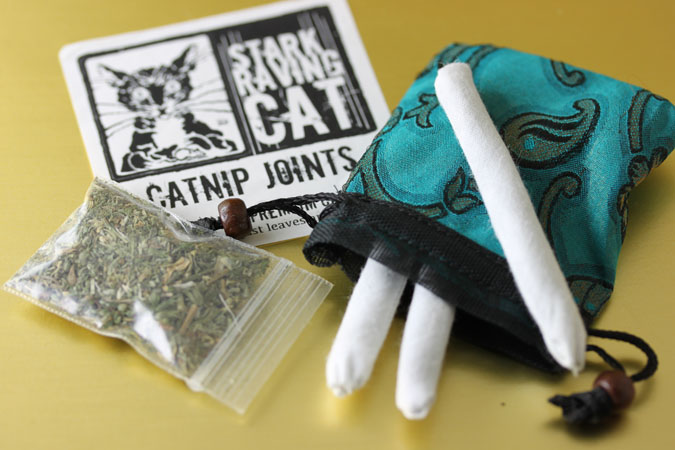 Three Cat Joints Green Gift Bag
