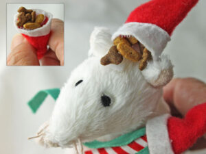 Merry Mouse Cat Treat Cap