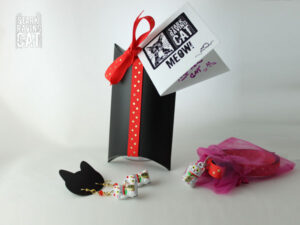 Neko Lucky Cat Collar and Earring Set (Chinese Red)