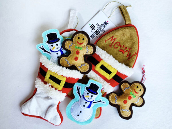 Gingerbread & Snowman Catnip Toys, in Fish Stocking
